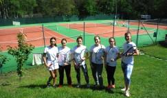 Damen_Team_FHD_03